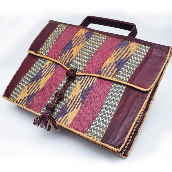 Leather-Laptop-bag-with-Raffia-Patterns